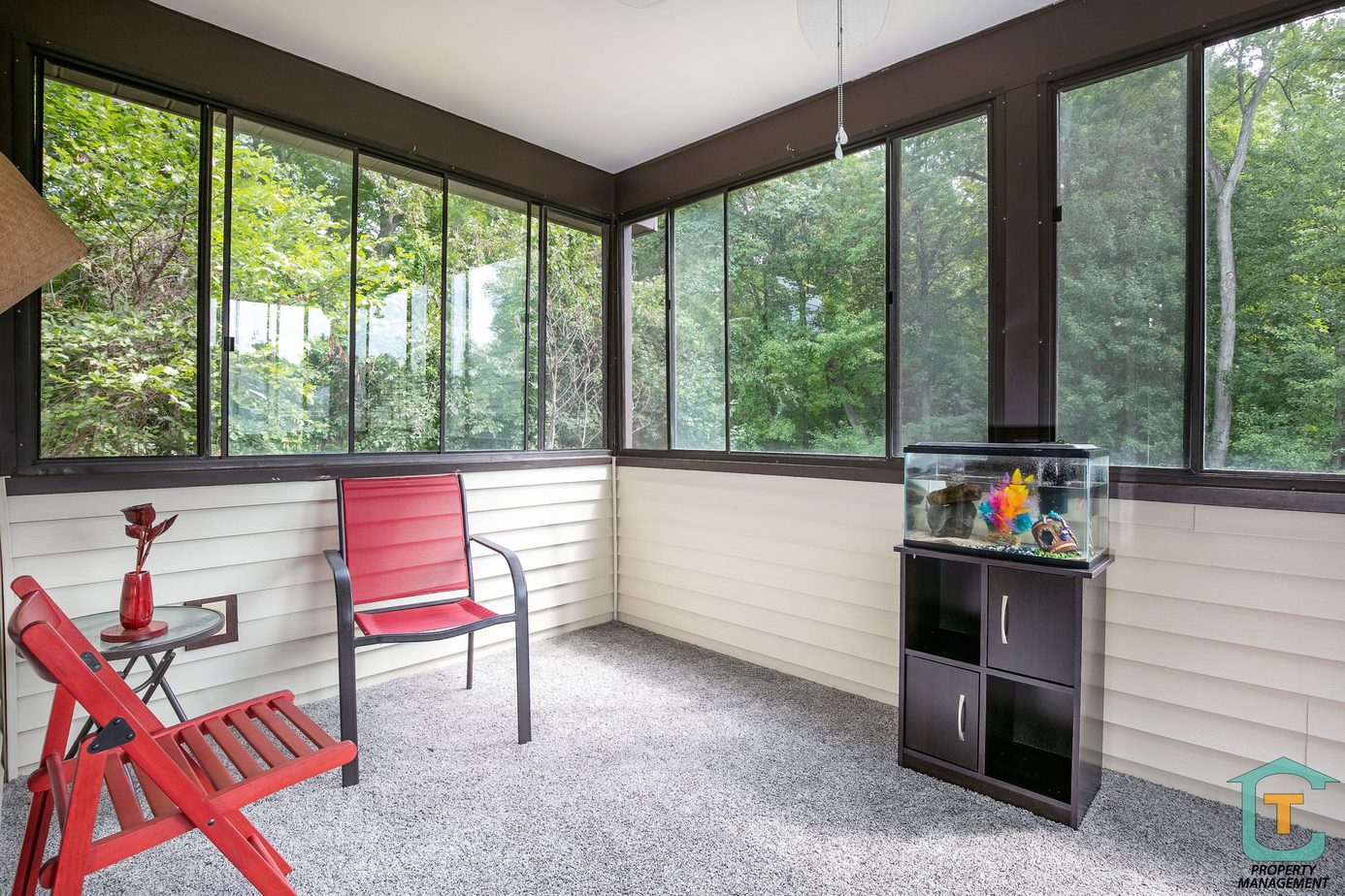 3 seasoned porch at a home for rent in Windsor